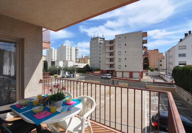 Apartament en Rosas / Roses - PLATJA SANTA MAR- REF: 57128