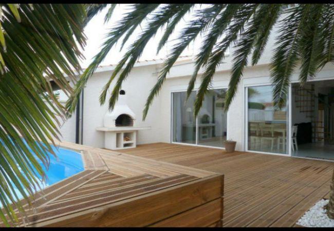 EMPURIABRAVA: Casa amb piscina privada 8 persones