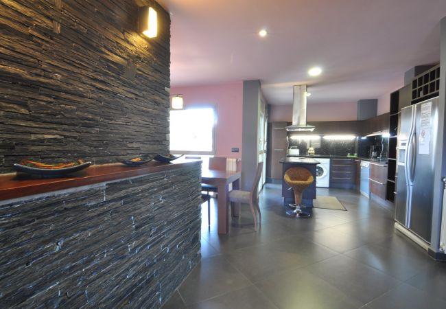 Apartament en Rosas / Roses - LLUIS COMPANYS ATICO - REF: 120297