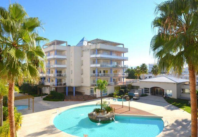Apartament en Rosas / Roses - ISAR10-APARTAMENTO 5 PAX CON PISCINA